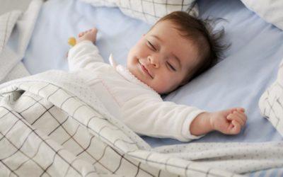 Maman : comment bien dormir après la naissance de bébé ?